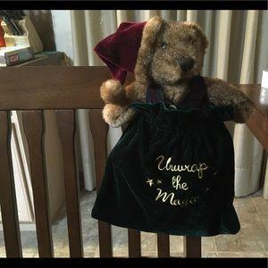 """Unwrap the magic"" bear & velvet pouch new"